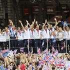 Desfile reúne atletas olímpicos y paralímpicos en Londres