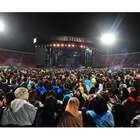 Lluvia, atraso y decepción en show de Madonna en Chile