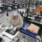 Confiança da indústria cai 3,4% em fevereiro, diz FGV