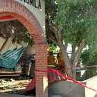 Tráiler choca contra una finca en Jalisco; muere conductor