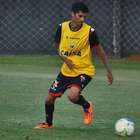 Jorginho realiza exames para assinar com clube sul-coreano