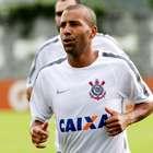 Sheik sente joelho e desfalca Corinthians contra San Lorenzo