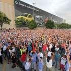 Após pressão sindical, Volkswagen readmite 800 trabalhadores