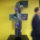 Descubre cuánto paga Facebook a sus empleados