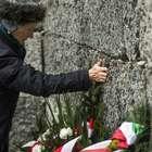 Ofrenda abre 70 aniversario de la liberación de Auschwitz