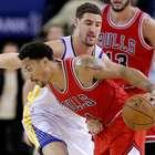 Derrick Rose impulsa a los Bulls en triunfo sobre Warriors