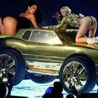 Miley Cyrus y Rihanna hacen twerking en gira