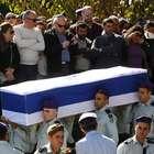 Israel enterra soldados mortos em ataque do Hezbollah