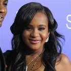 Hija de Whitney Houston fue puesta en coma inducido