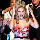 Elizabeth Álvarez es coronada como Reina del Mariachi