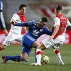 Lyon pone en riesgo su liderato tras empatar ante Mónaco
