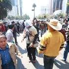 Oaxaca anula ascensos de CNTE por asistir a marchas