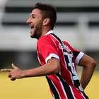 Citado em Barcelona, Boschilia renova contrato com São Paulo