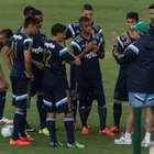 Oswaldo tem Japão como meta, mas time pede permanência