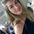 Ex-BBB Aline erra na maquiagem e vira piada na web