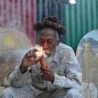 Jamaica despenaliza uso y cultivo de marihuana