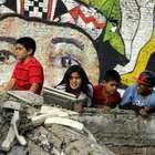 Inauguran mural en recuerdo del 27F