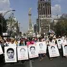 México: milhares marcham em apoio às famílias dos 43 sumidos