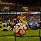 Dortmund gana derbi del Ruhr y sigue alejándose del descenso
