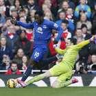 Rosicky y Giroud dan la victoria a Arsenal ante Everton