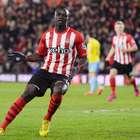 Southampton vence e cola em Manchester e Liverpool na tabela