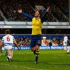 Arsenal supera al QPR y sigue tercero en la Premier League
