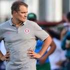 Inter joga para liderar e dar calma a pressionado Aguirre