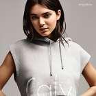 Kendall Jenner é nova garota propaganda da Calvin Klein