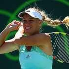 Caroline Wozniacki remonta y avanza a Octavos en Miami