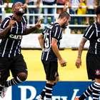 Sai, zica! Love marca, e Corinthians vence outra no Paulista