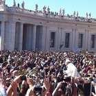 Milhares de fiéis acompanham missa do Domingo de Ramos