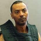 Prisionero armado escapa de un hospital en Virginia