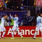Argentina se cansa de fallar pero vence al vertical Ecuador