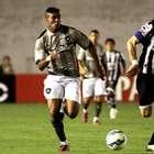 Homônimos e gêmeos! Botafogo estreia e cede empate para xará