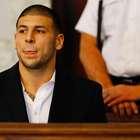 Aaron Hernandez é condenado à prisão perpétua por homicídio