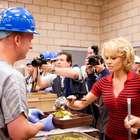 ¡Pamela Anderson hace servicio comunitario en prisión!