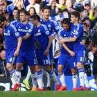 Jugadores del Chelsea tienen peculiar diversión en la comida