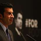 Luis Figo denuncia censura en congreso de Concacaf