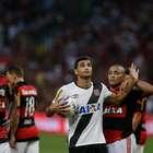 Vasco vence Flamengo com pênalti polêmico e vai para final
