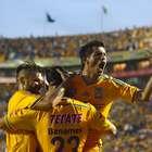 Rob Schneider festeja triunfo de Tigres en Clásico Regio