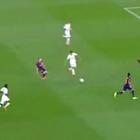 Espectacular jugada de Iniesta en el gol de Neymar