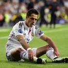 Van Gaal descarta regreso de 'Chicharito' al United