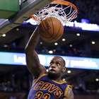 LeBron James y Cavaliers ponen contra la pared a Celtics