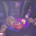 Mike Tyson presume sus mejores pasos de baile en televisión
