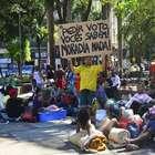 Sem-teto do Flamengo tentam nova invasão e acampam em praça