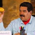 Venezuela: mulher que jogou manga em Maduro ganha nova casa