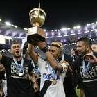 Vasco derrota Botafogo e vence Carioca após 12 anos