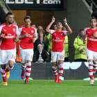 Arsenal vence e segue incomodando City na briga pelo vice