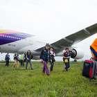 Por daños en la pista, Nepal cierra su único aeropuerto
