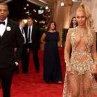 Beyoncé llegó tarde y mostró mucha piel en la MET Gala 2015